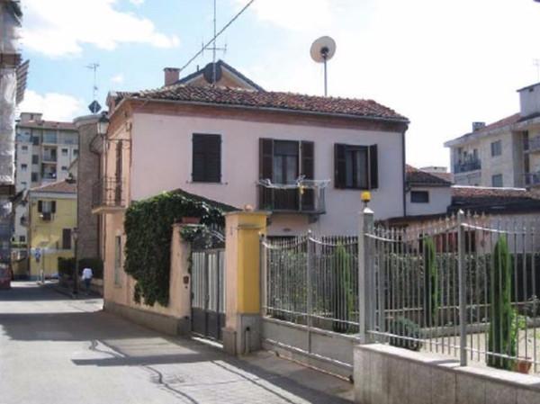 Soluzione Indipendente in vendita a Chivasso, 5 locali, prezzo € 165.000 | Cambio Casa.it