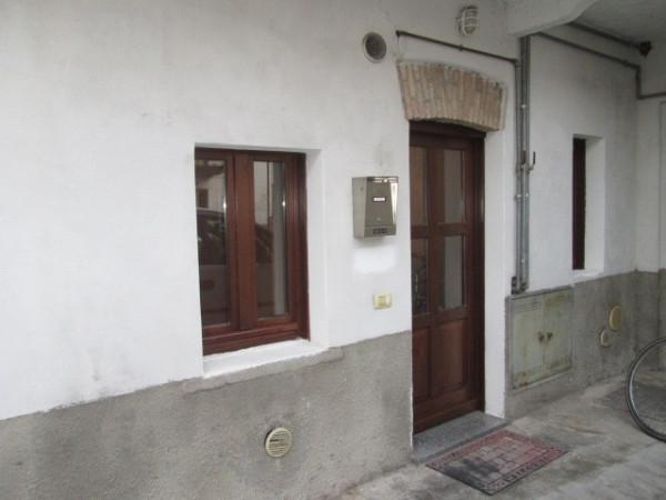 Appartamento in Vendita a Lurate Caccivio