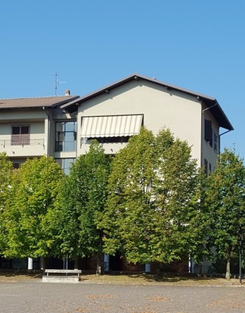 Appartamento in vendita a Bregnano, 3 locali, prezzo € 82.000 | Cambio Casa.it