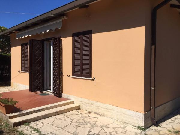 Villa in vendita a Fiumicino, 4 locali, prezzo € 490.000 | Cambio Casa.it