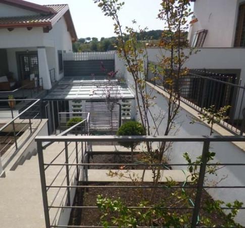 Appartamento in vendita a Sacrofano, 6 locali, prezzo € 220.000 | Cambio Casa.it