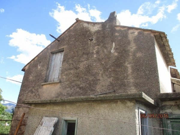 Palazzo / Stabile in vendita a Fisciano, 3 locali, prezzo € 33.000 | Cambio Casa.it