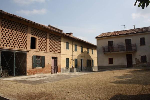 Rustico / Casale in vendita a Castagnole delle Lanze, 6 locali, prezzo € 135.000 | Cambio Casa.it