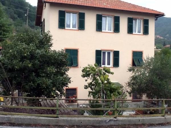 Soluzione Indipendente in affitto a Genova, 3 locali, zona Zona: 18 . Valbisagno (Prato-Molassana-Struppa-S.Gottardo-S.Eusebio), prezzo € 600 | Cambio Casa.it