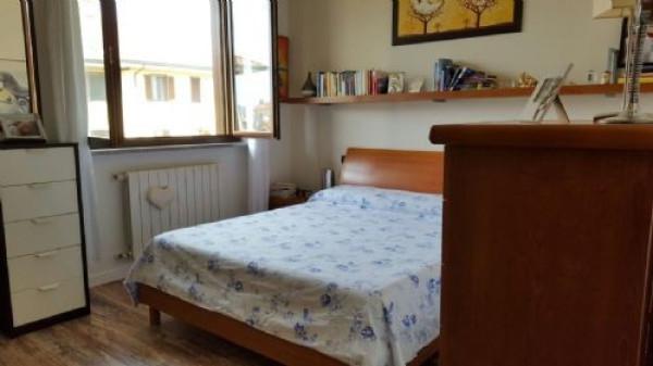 Bilocale Settala Via Genova 8