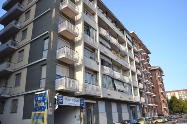 Bilocale Torino Via Fratelli Fornaca 1