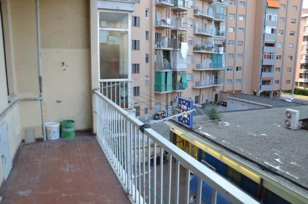 Bilocale Torino Via Fratelli Fornaca 9