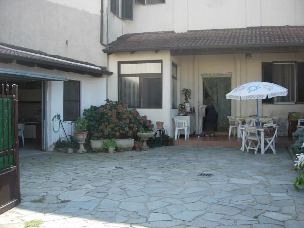 Villa in vendita a Stroppiana, 4 locali, prezzo € 130.000 | Cambio Casa.it