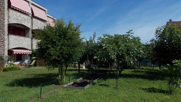 Appartamento in Vendita a Bernareggio