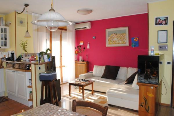Appartamento in vendita a Rodano, 3 locali, prezzo € 130.000 | Cambio Casa.it