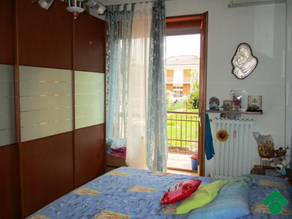 Bilocale Volpiano Via Masaccio 12