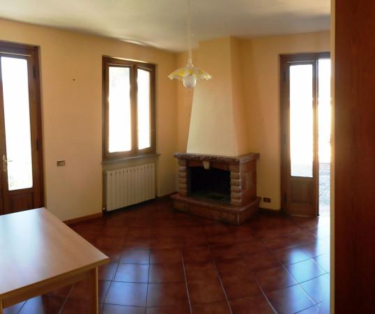 Bilocale Lucca Via Stefano Tofanelli 4