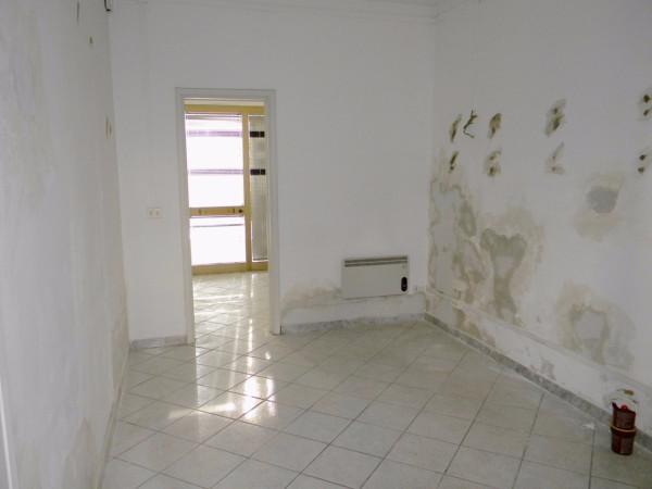 Negozio / Locale in affitto a Pisa, 2 locali, prezzo € 500 | Cambio Casa.it