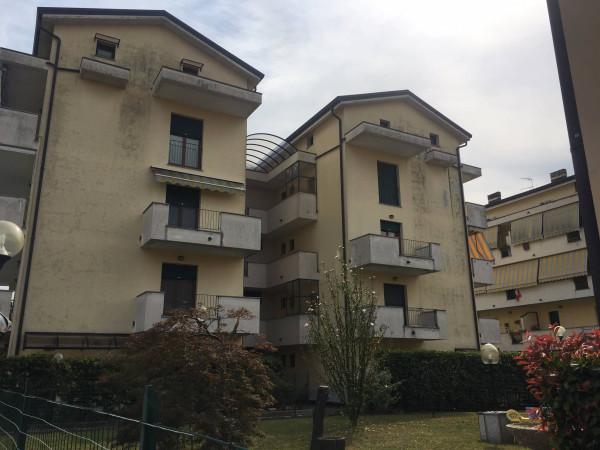 Appartamento in affitto a Borgomanero, 3 locali, prezzo € 500 | Cambio Casa.it