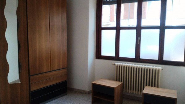 Bilocale Varese Via Felicita Morandi 4