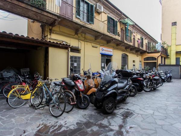 Bilocale Milano Via Savona 3