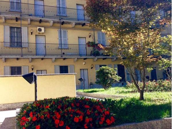 Bilocale Milano Via Lodovico Il Moro 13
