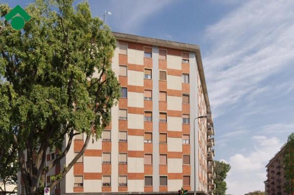 Bilocale Milano Via Santa Rita Da Cascia 1