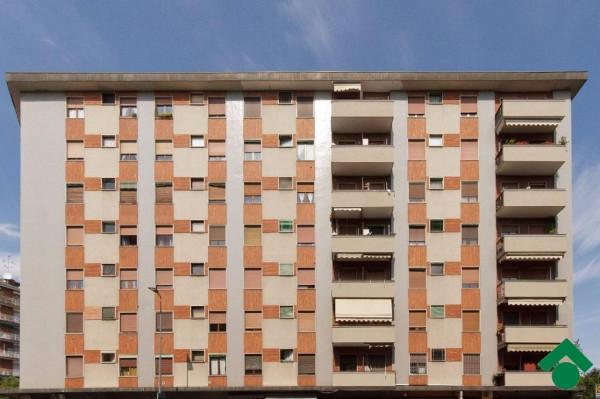 Bilocale Milano Via Santa Rita Da Cascia 2