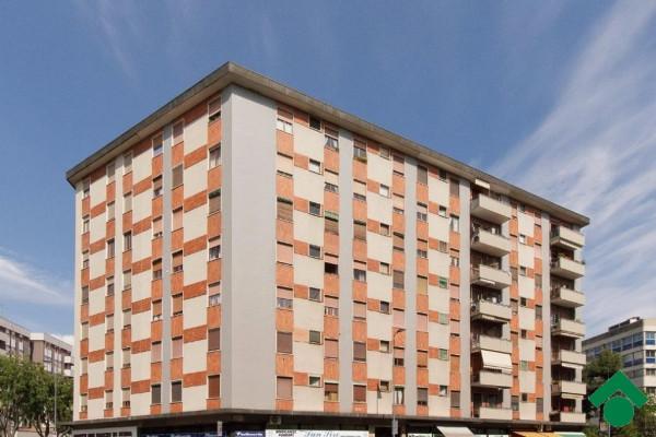 Bilocale Milano Via Santa Rita Da Cascia 3