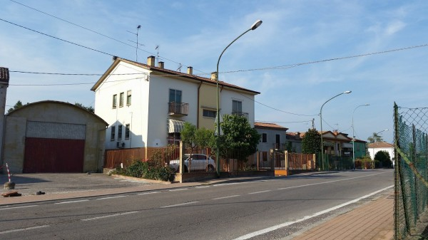 Appartamento in vendita a Ostiglia, 3 locali, prezzo € 50.000 | Cambio Casa.it