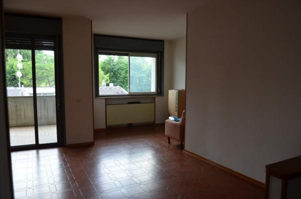 Appartamento in vendita a Ozzano dell'Emilia, 5 locali, prezzo € 180.000 | Cambio Casa.it