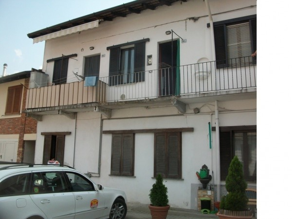 Bilocale Marnate Via Roma 1