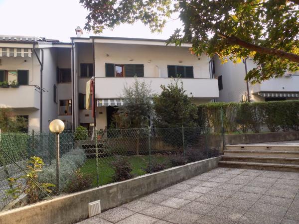 Villa a Schiera in vendita a Calolziocorte, 5 locali, prezzo € 240.000 | Cambio Casa.it