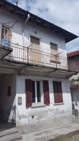 Soluzione Indipendente in vendita a Bregnano, 5 locali, prezzo € 81.000 | Cambio Casa.it