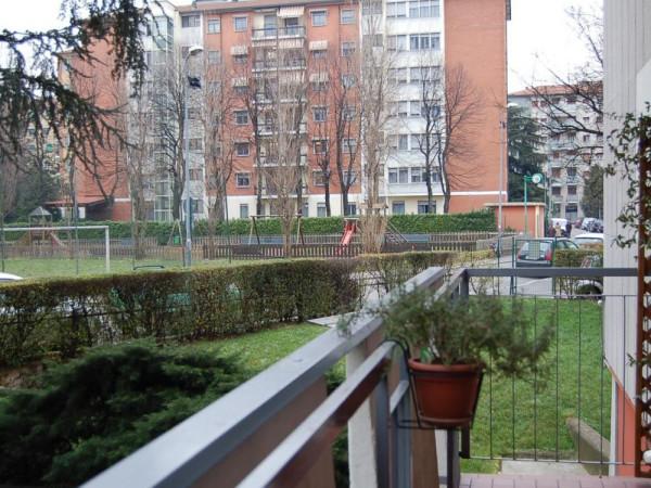 Bilocale Milano Via Delle Ande 12