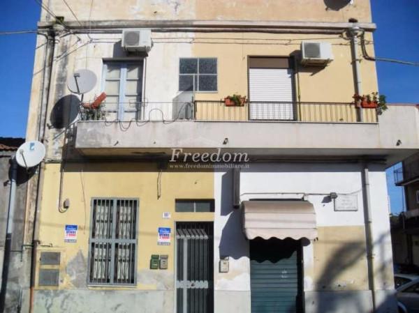 Bilocale Catania Via Pietro Novelli 2