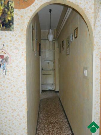 Bilocale Genova Via Rio Maggiore 3