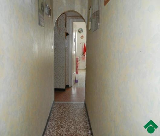 Bilocale Genova Via Rio Maggiore 7