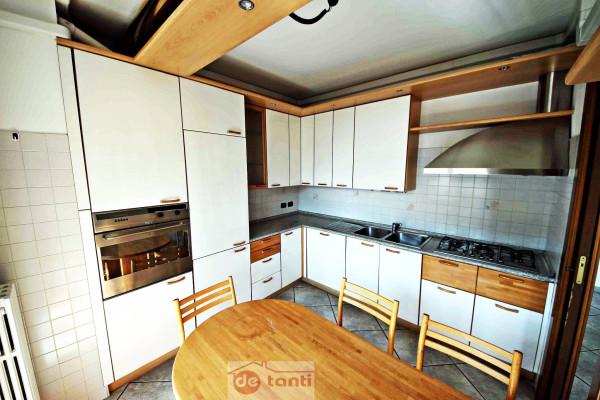 Appartamento in vendita a Chiavenna, 5 locali, prezzo € 225.000 | CambioCasa.it