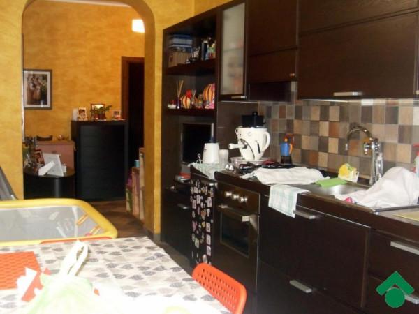 Bilocale Rivoli Via Brenta, 1 5