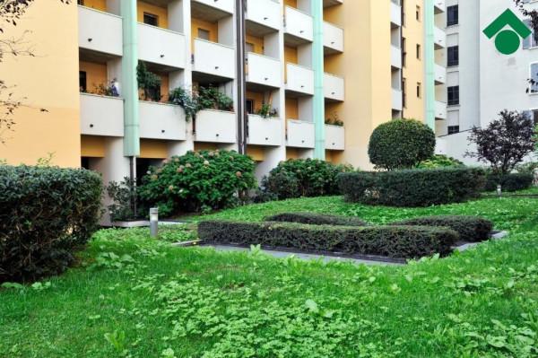 Bilocale Milano Viale Marche, 99 1