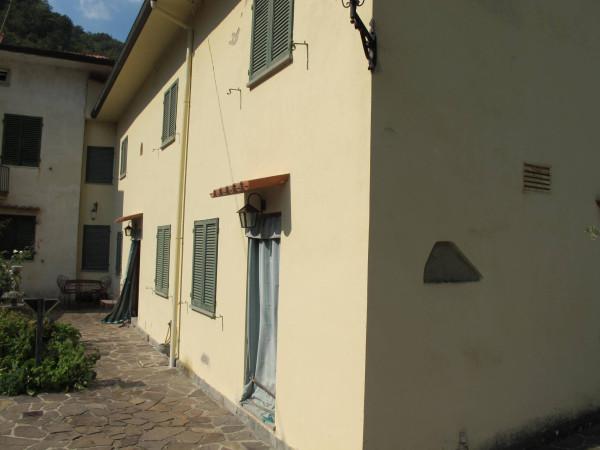 Rustico in Vendita a Pistoia Periferia Nord: 5 locali, 210 mq