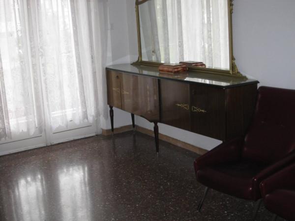 Bilocale Trieste Via Valentino Pittoni 6