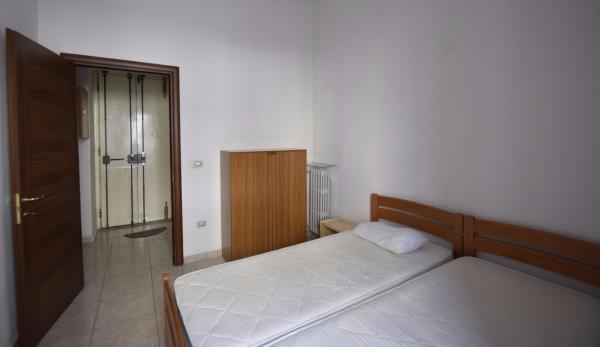 Bilocale Torino Via Ugo Foscolo 7