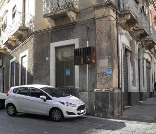 Negozio / Locale in vendita a Paternò, 3 locali, prezzo € 39.000 | Cambio Casa.it