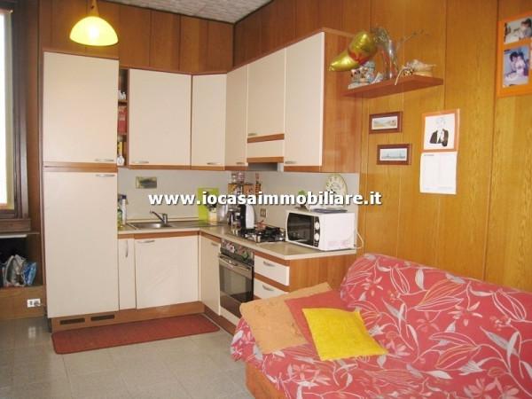 Bilocale Milano Via Polesine 2