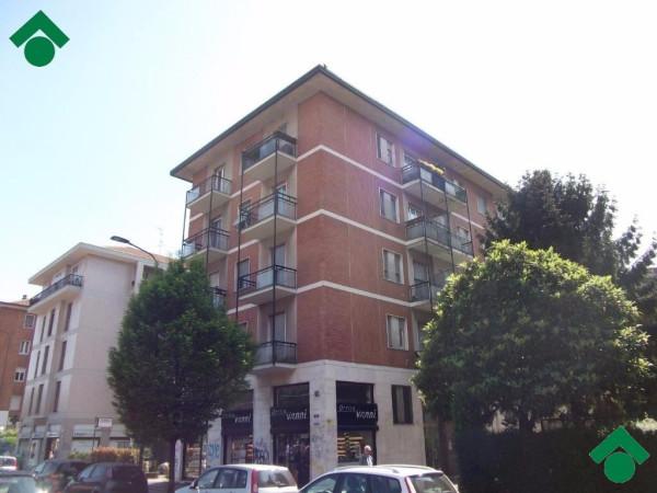 Bilocale Milano Via Mecenate, 6 1