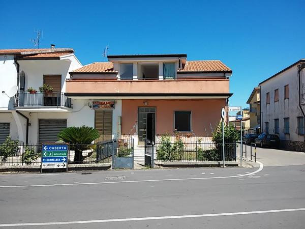 Soluzione Indipendente in vendita a Riardo, 6 locali, prezzo € 135.000 | Cambio Casa.it