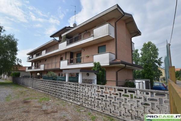 Bilocale Turate Via Grazia Deledda 11