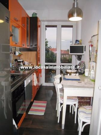 Bilocale Milano Via Fratelli Rosselli 5