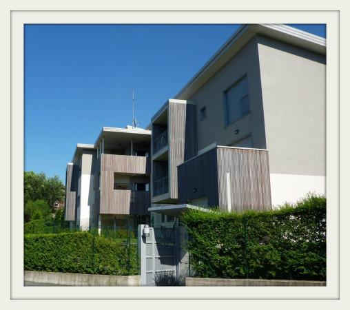 Appartamento in vendita a Olgiate Comasco, 4 locali, prezzo € 350.000 | Cambio Casa.it