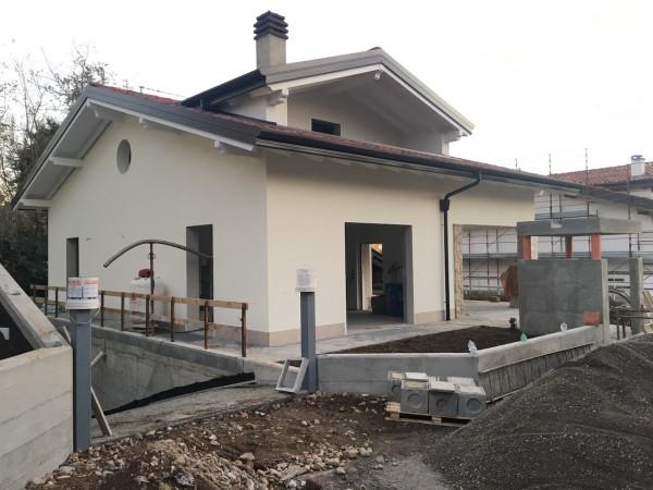 Villa in vendita a Calco, 5 locali, prezzo € 455.000 | Cambio Casa.it