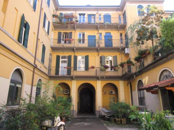 Bilocale Milano Via Giordano Bruno 1