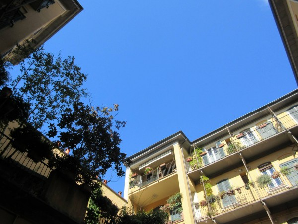 Bilocale Milano Via Giordano Bruno 10