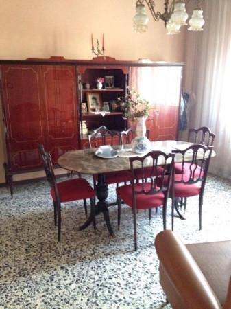 Villa in vendita a Novi di Modena, 4 locali, prezzo € 160.000 | Cambio Casa.it